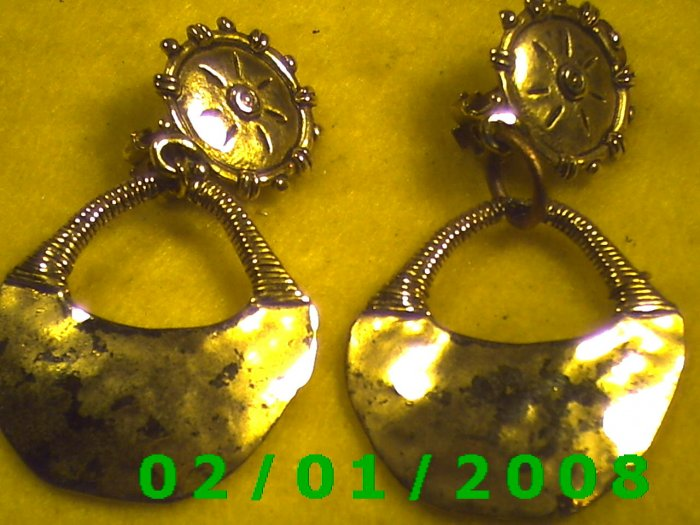 Gold Button n Bag Clip On Earrings
