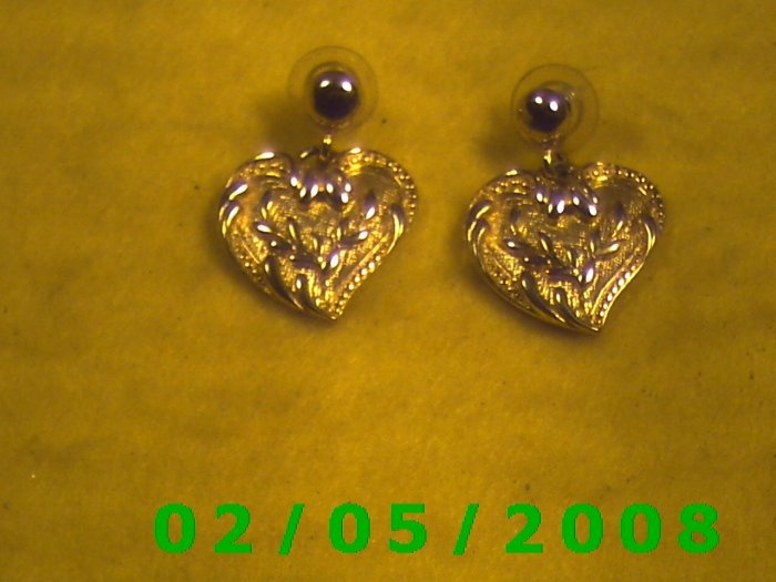 Gold Heart Pierced Earrings