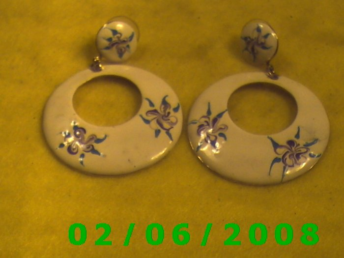 Wide Hoop w/ Floral Design Pierced Earrings