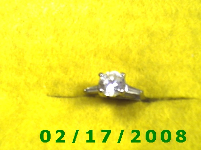 Ring  Sterling w/large cz.  size 7 (F004)