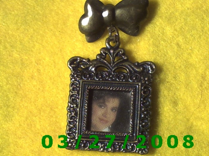 Bronze Square Picture Frame Pin  (005)