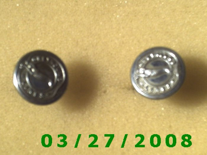 """Silver Buttons """"Greyhound Lines) Made in England  (028)"""
