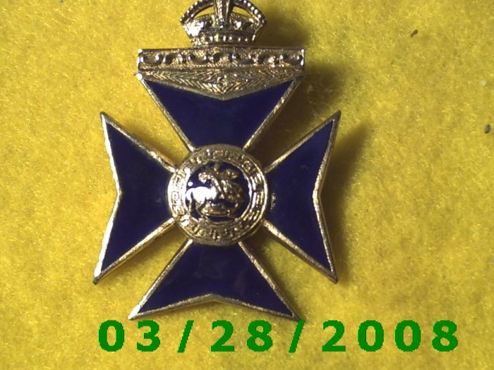 Gold & Blue Cross wear as Pin or Medallion  (030)