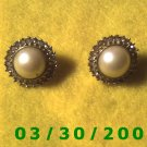 Gold w/pearl n stones Pierced Earrings (018)