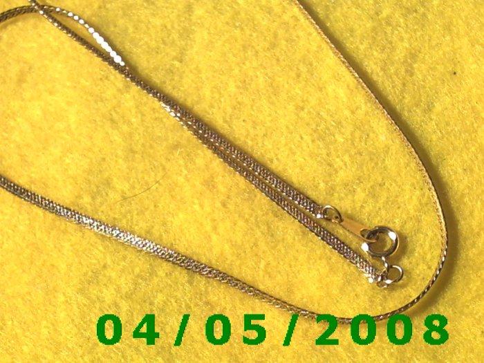 Gold Necklace    E5020