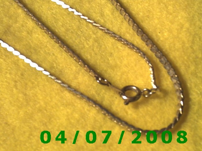 Gold Necklace    E5049