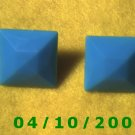 Square Green Pierced Earrings    Q007