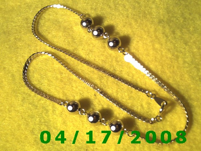 Gold Necklace w/Gold Beads    EI003