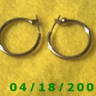 Gold Hoop Pierced Earrings    Q3016