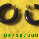 Black Hoop Pierced Earrings    Q3017