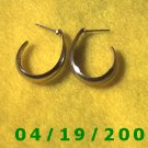 Silver Hoop Pierced Earrings    Q3043
