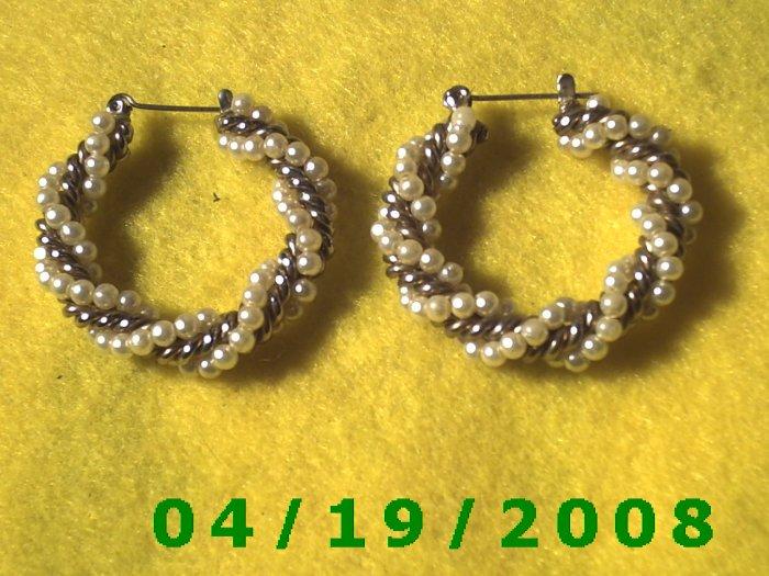 Bead Hoop Pierced Earrings    Q3052