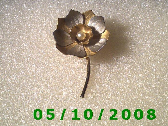 Flower Pin  (103)