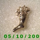 Gold Stuffed Stocking Pin (096)
