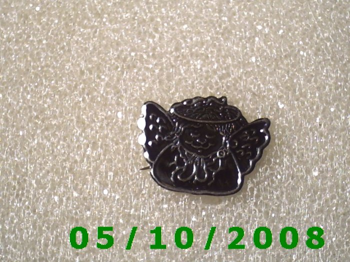 Silver Angel Pin  A084
