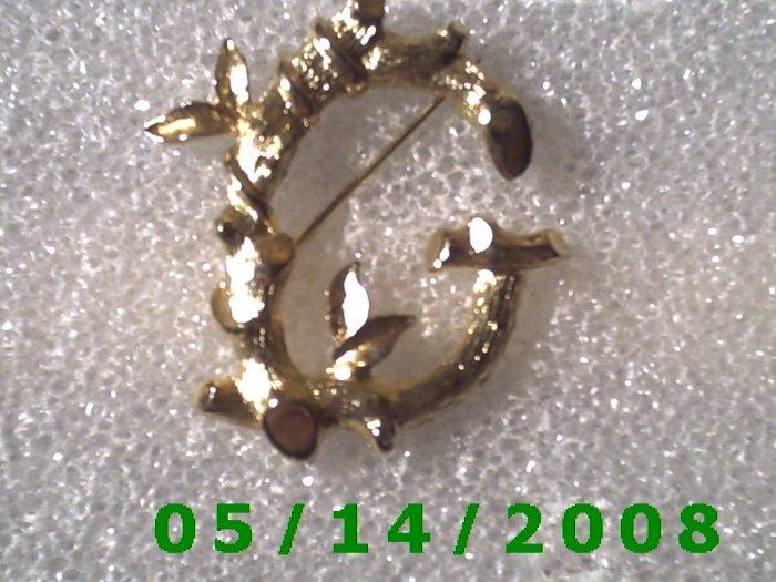 Gold Letter G Pin Signed Sarah Cov  B014