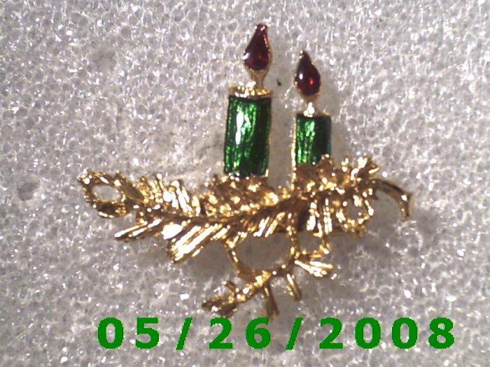 Gold Candles Pin     C001