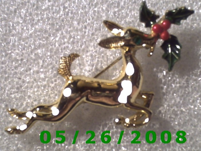 Gold Deer with Holly Pin     C002