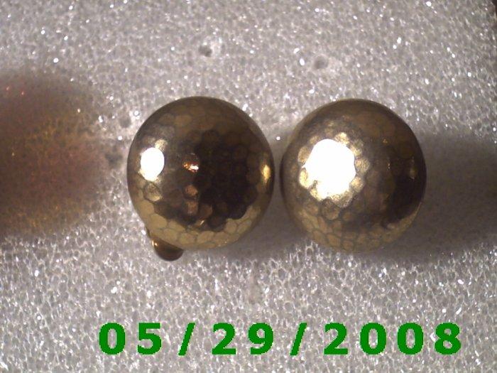 Silver BallsClip On Earrings    D047