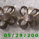 Silver Bows Clip On Earrings    D051