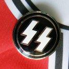 WWII .GERMAN NAZI WAFFEN SS.  badge