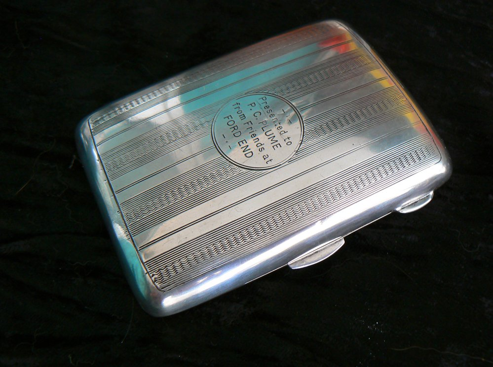 antique English Cigarette case made of sterling silver..Birmingham 1921