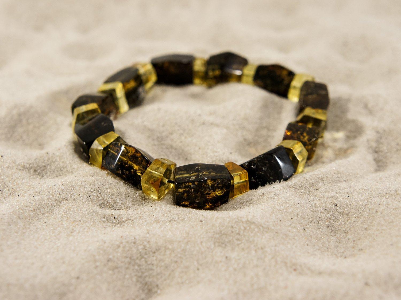 Freehand shaped amber bracelet