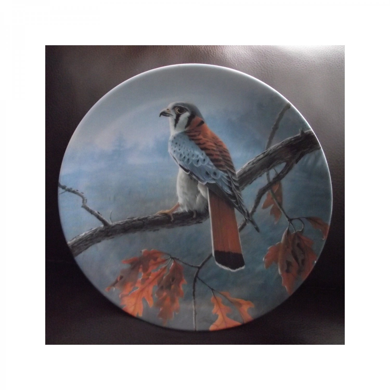 "Bradex Collectors Plate ""The American Kestrel"" THE MAJESTIC BIRD"