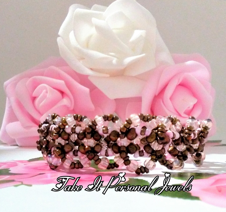 Fashion Pink Bracelet - Beaded handmade Bracelet - Beadwork Jewelry