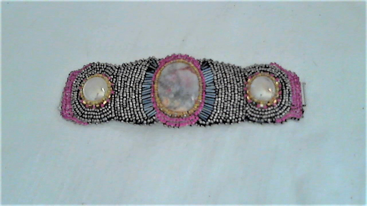 Floral Mist Lace Agate Bead Embroidery Bracelet