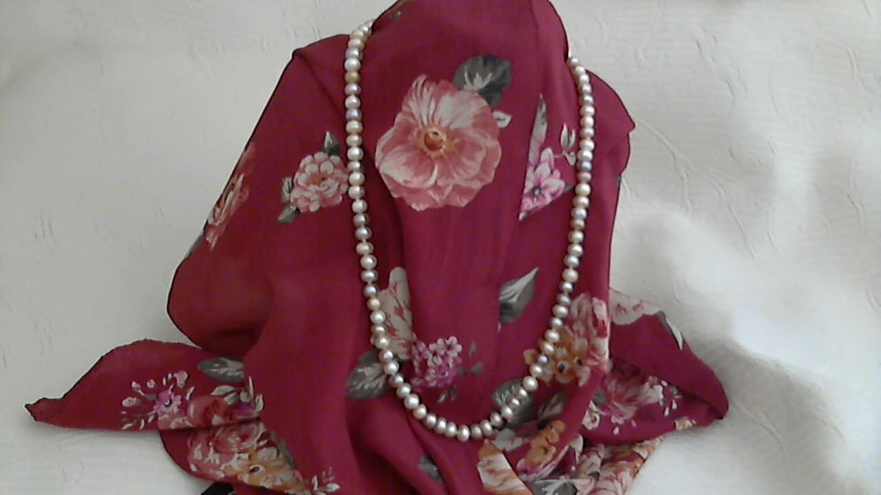 Natural Mixed Color Button Fresh Water Hand Tied Pearl Necklace