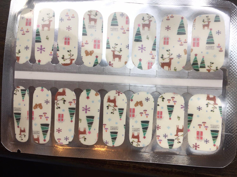 White Christmas Nail Art