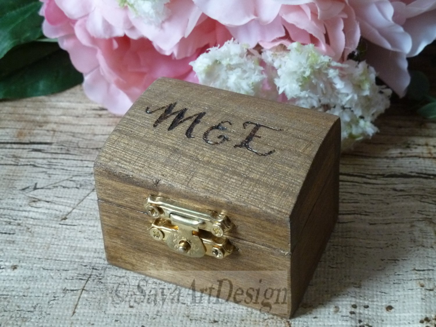 Engagement Ring Box, Country Barn Rustic Wedding Proposal Ring Holder. Personalized