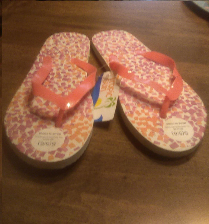 Ladies Tropic Multi Color Flip Flops Size 5/6