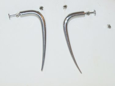 1 PAIR 2 INCH DISTURBED TALON HOOK CURVED SPIKE 14 GAUGE CHIN LABRETS SURGICAL STEEL