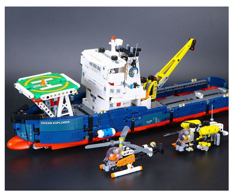 20034 Lepin Ocean Explorer Technic Series 1347pcs 42064 Lego compatible Building Blocks