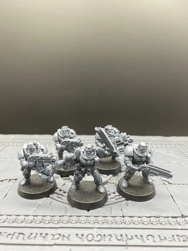 5pcs Scouts Space Marine Warhammer Resin Models 1/32 scale Action Figures Toys Hobby Games