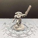 1pcs Brother Sergeant Sevastus Ultramarines Space Marines Warhammer Resin Models 1/32 Action Figures