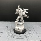 1pcs Kayvaan Shrike Shadow Captain Raven Guard Space Marine Warhammer Resin Model 1/32 Figures