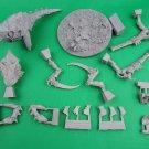 1pcs Barbed Hierodule Bio-Titan Tyranid Hive Mind Warhammer 40k Forge World Figures Games
