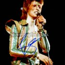 "David Bowie 8 x 10"" Autographed Photo (Reprint 064) Ideal for Birthdays & Christmas"