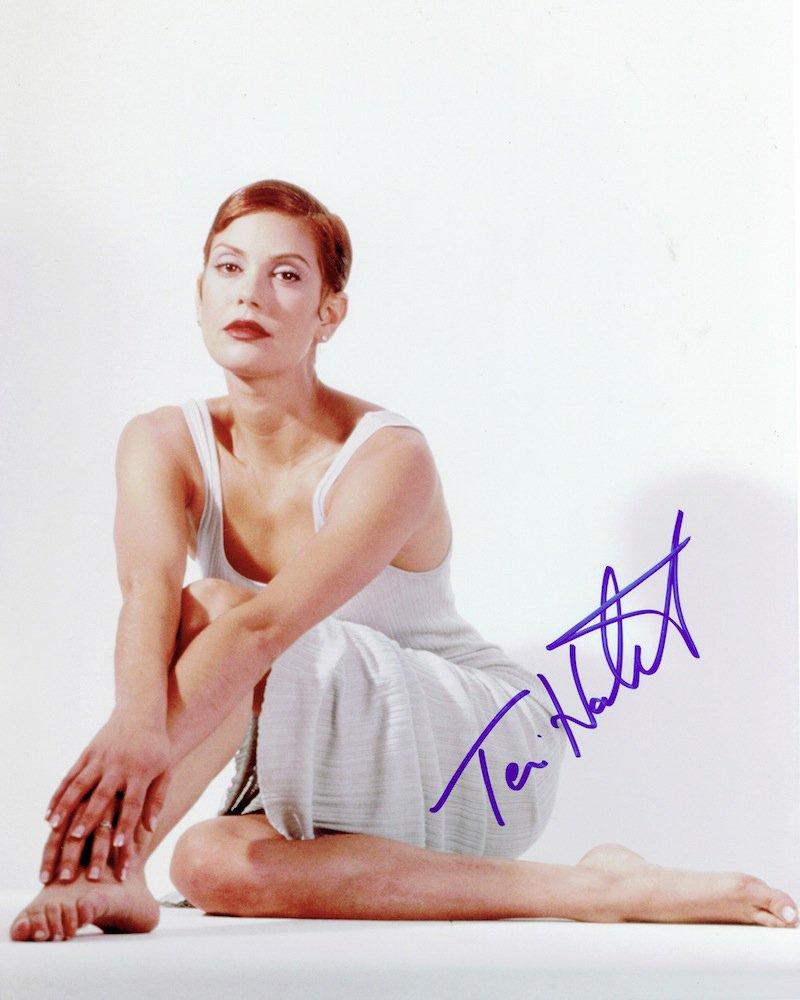 "Teri Hatcher Desperate House Wives 8 x 10"" Autographed Photo - (Ref:457)"