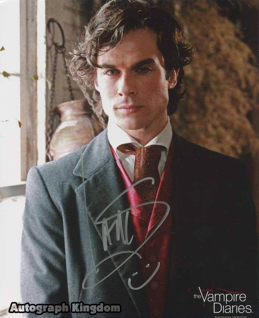Ian Somerhalder / The Vampire Diaries Autographed Photo - (Ref:0488)