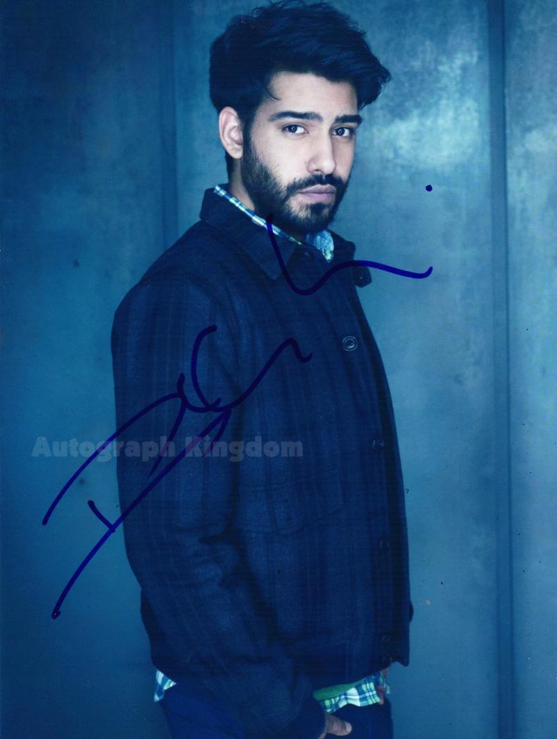 """Rahul Kohli (iZombie) 8 x 10"""" Autographed Photo (Ref:1125)"""