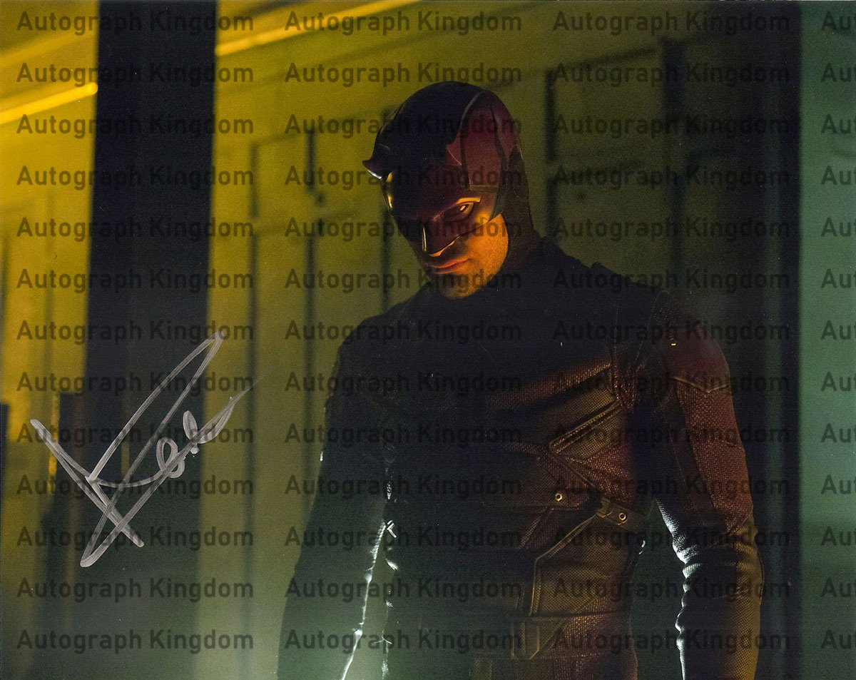 "Grant Gustin (Flash) 8 x 10"" Autographed / Signed Photo (Reprint:1225) ideal for Birthdays & X-mas"