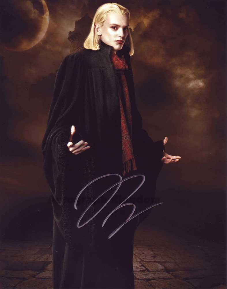 """Jamie Campbell Bower Twilight / Sweeney Todd 8 x 10"""" Autographed Photo - (Ref:1422)"""