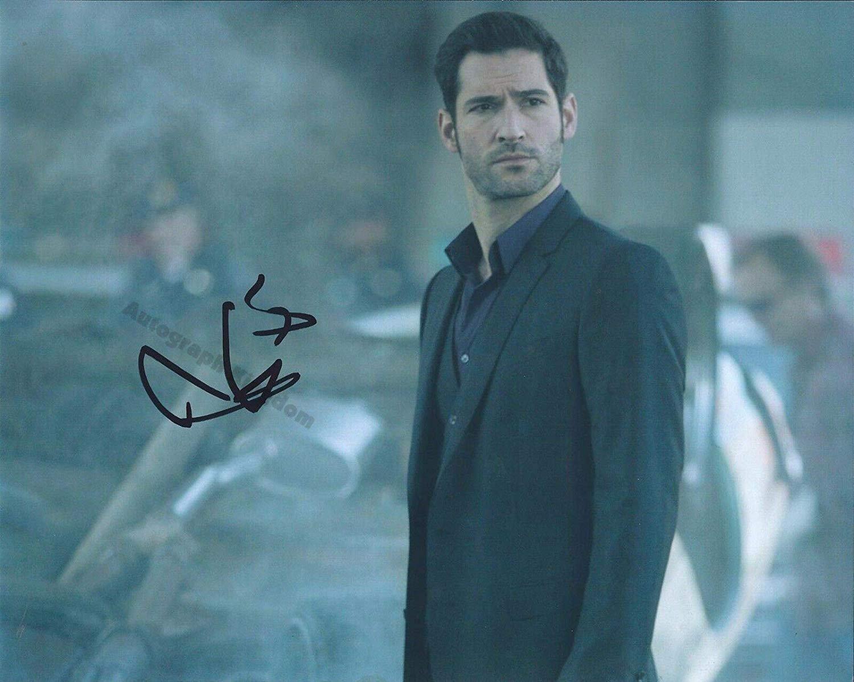 """Tom Ellis (Lucifer) 8 x 10"""" Autographed Photo - (Ref:1441)"""