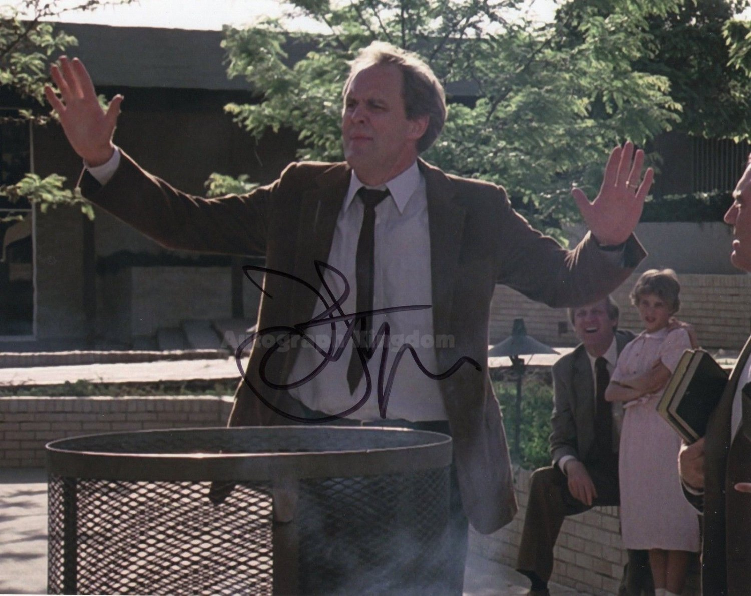"""John Lithgow (Dexter, 3rd Rock From The Sun, The Crown) 8 x 10"""" Autographed Photo (Reprint Ref:1596)"""