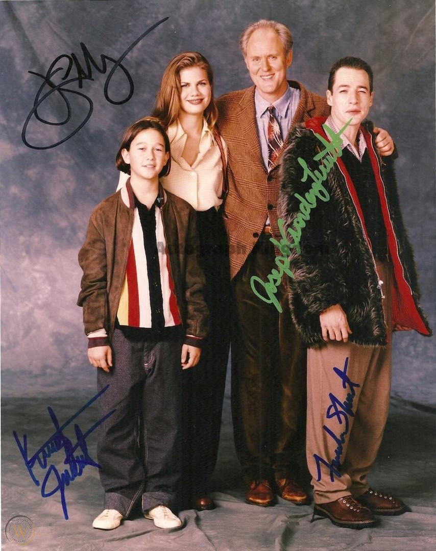 3rd Rock From The Sun Cast x 4 Autographed Photo (Reprint 1577) ideal for Birthdays & X-mas