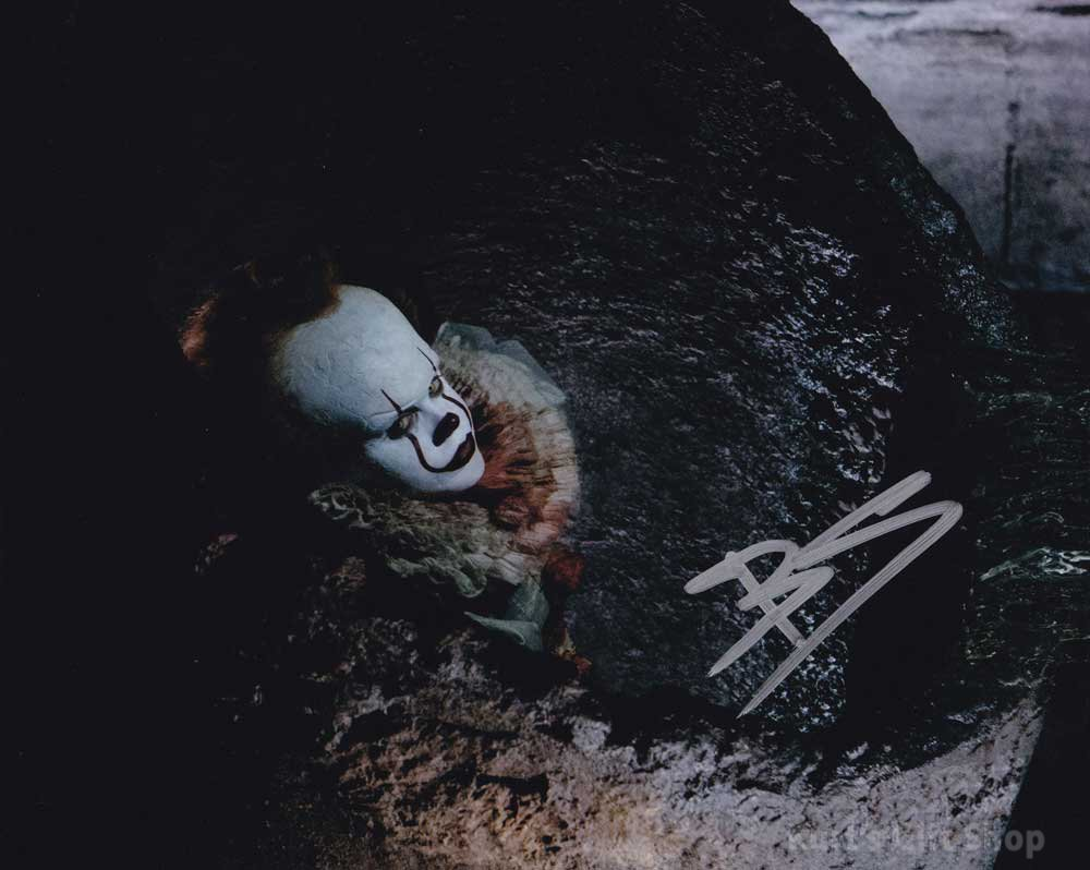 """Bill Skarsgård Pennywise The Dancing Clown 8 x 10"""" Autographed Photo -(Reprint:1671)"""